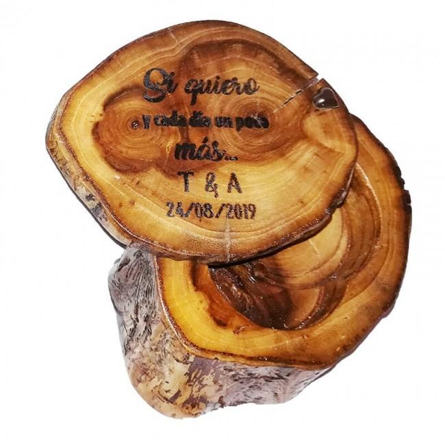 Cajita madera porta-arras grabada